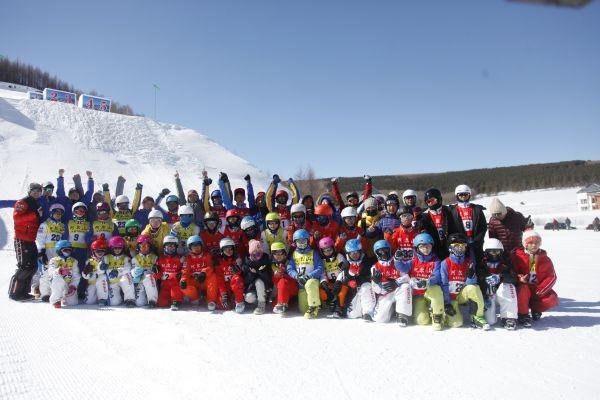 北京赛车计划软件:全国自由式滑雪空中技巧冠军赛在阿尔山市举行